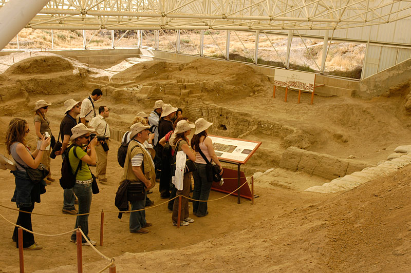 Çatalhöyük Excavations  Culture and Art Activities  Yapı ...